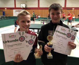 1. Platz im Doppel (Jungen 13)<br />Jannik Oberhagemann (TST Buer-Mitte) und Marcel Karst