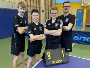 Jungen 18 I<br />v. l.: Samuel, Marcel, Chris, Florian